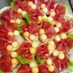 Canapè mit Parmaschinken und Melone